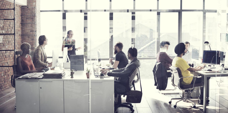 Zatrudnianie pracowników: umowa o pracę, zlecenie lub o dzieło