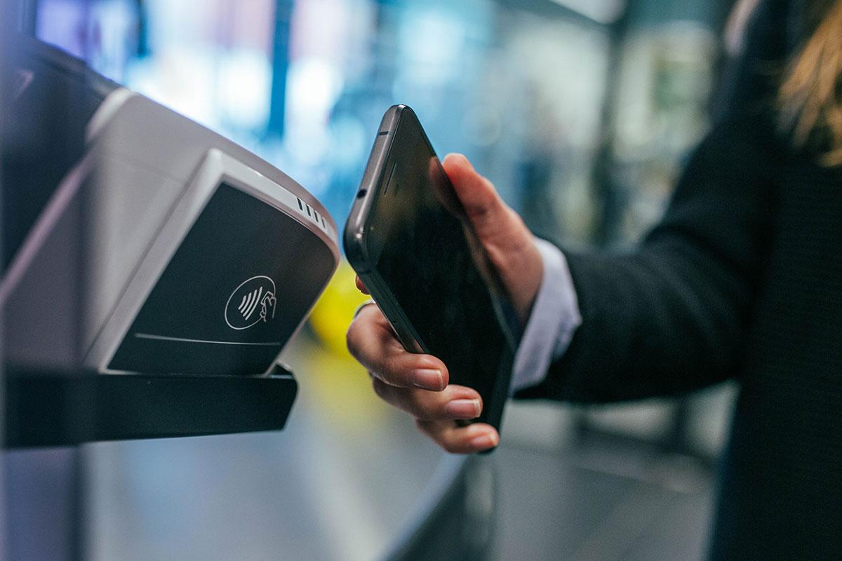 Płatności w mig. Czym jest i jak działa BLIK?
