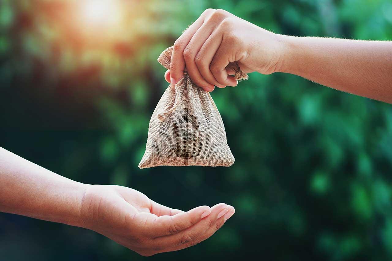 Rozliczaj się i zapożyczaj. Wszystko, co musisz wiedzieć o kredycie na PIT