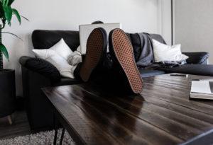 Bezpieczna i higieniczna praca zdalna. Jak pracować, by wysoka wydajność podczas home office nie odbiła się na Twoim zdrowiu?
