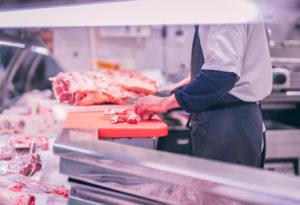 """Czy PIP i ZUS to """"Dobry przepis na bezpieczeństwo""""? Kilka słów o ogólnopolskiej kampanii adresowanej do branży mięsnej."""