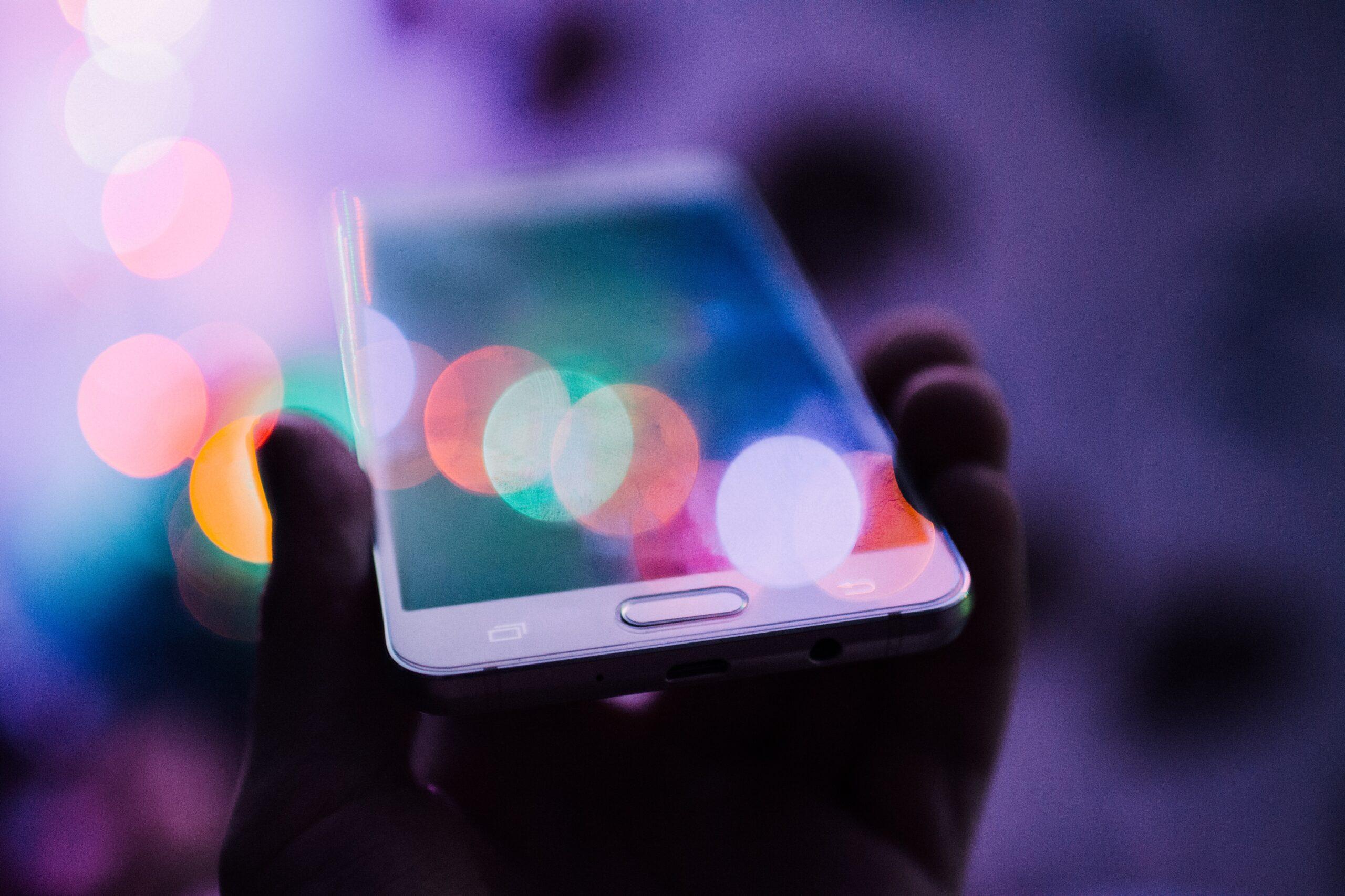 Czy będzie wielki comeback podatku od smartfonów?