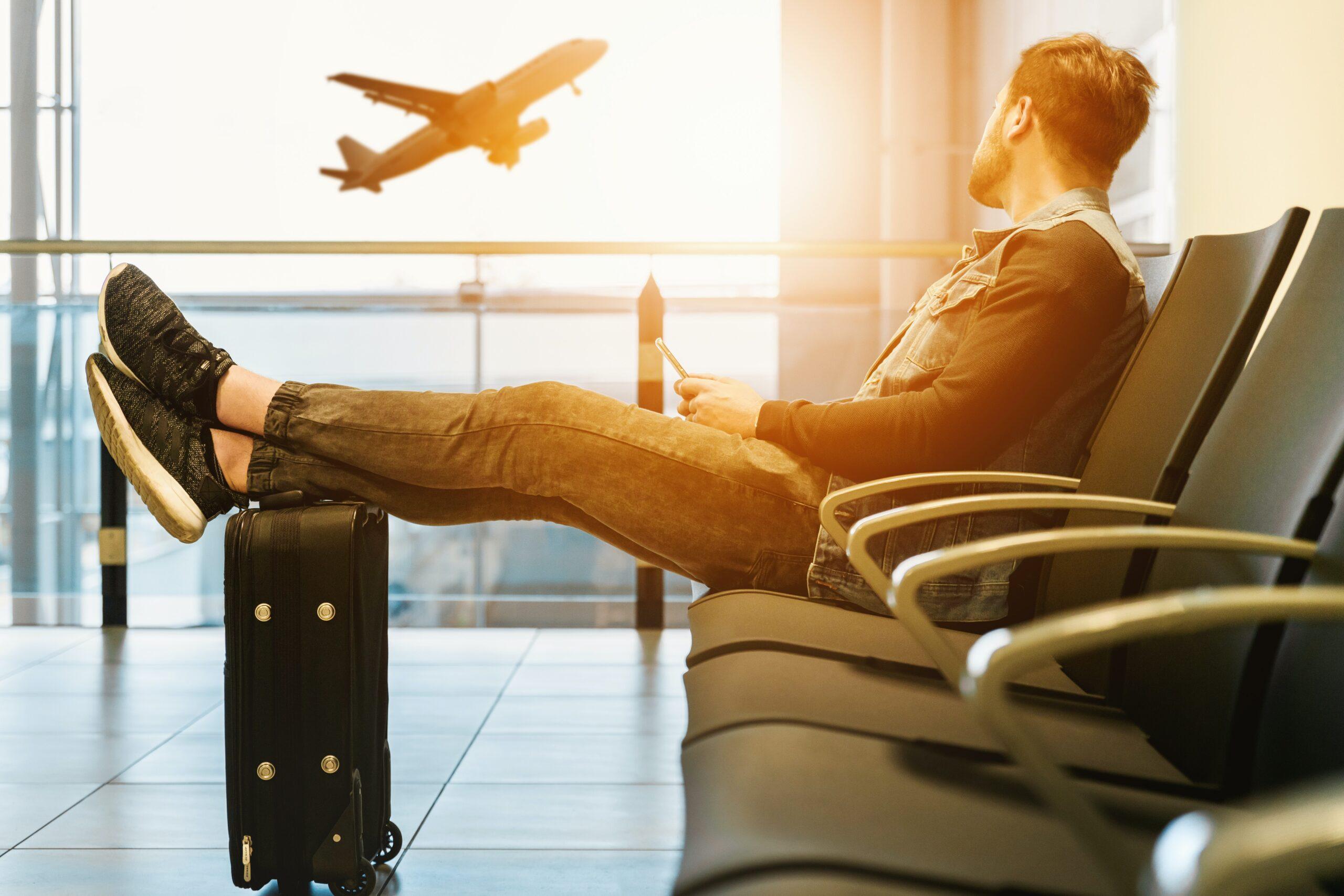 Bezpieczna podróż z ubezpieczeniem. Na co zwrócić uwagę?